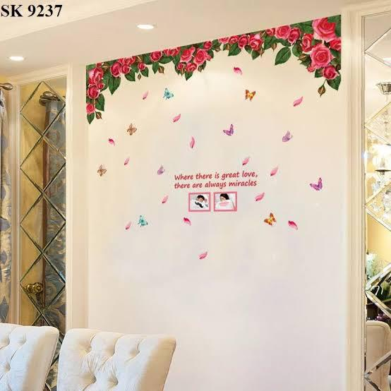 Wall Sticker Tirai Rose Merah